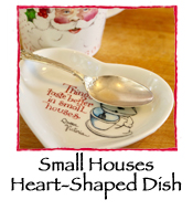 Small Houses Heart-Shaped Dish