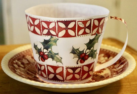 14 oz. Christmas Holly Cup